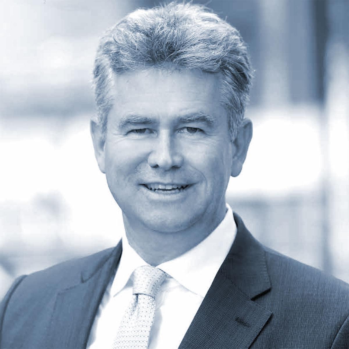 Dr. phil. Dipl. sc pol. Stephan J. Lang